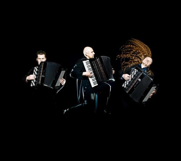 Motion-Trio
